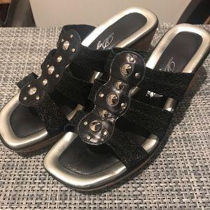 Dezario Shoes - Black studded wedges!